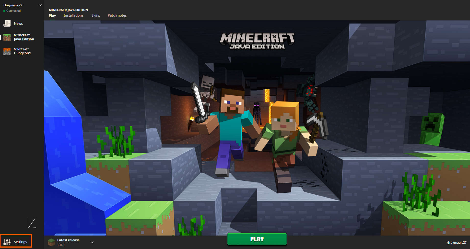 Minecraft launcher showing Settings button